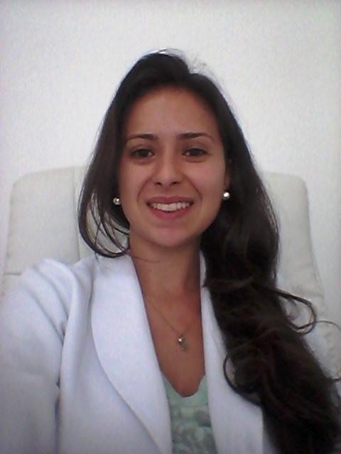 http://clinicahumaire.com.br/wp-content/uploads/2016/08/Dominique-Horta-Buim-Nutricionista.jpg